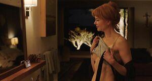 Николь Кидман показала сиську