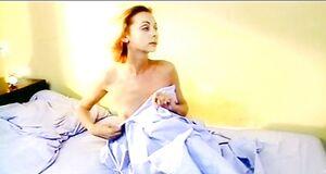 Наталья Коренная засветила голые сиськи