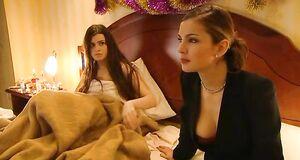 Татьяна Борисова наблюдает как ебется Екатерина Крупенина