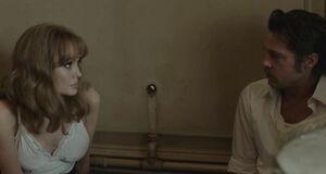 Анджелина Джоли подглядывает как Мелани Лоран трахается