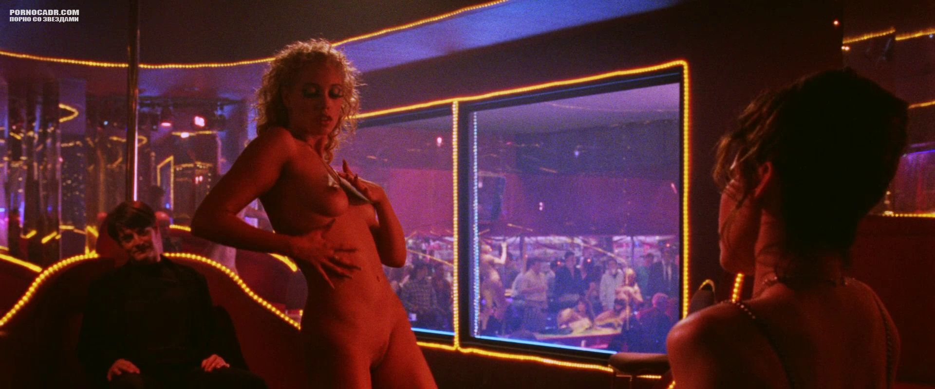 Showgirls elizabeth berkley pool nude scenes