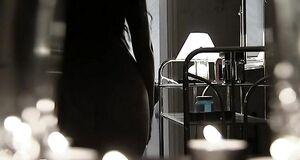 Порно сцена с Юлией Галкиной принимает душ