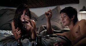 Интимная сцена на кровати с Ваиной Джоканте