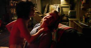 Трах с Лаурой Уиггинс в подвале