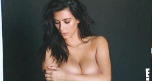 Раздетая Ким Кардашьян на фотосессии