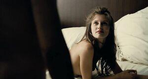 Порно сцены с Мариной Вакт