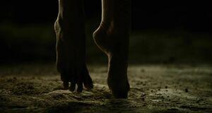 Пытки над голой Натали Портман