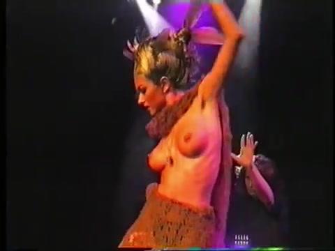 Юля такшина танцевала стриптиз