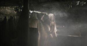 Марина Александрова, Светлана Павлова, Марина Денисова и Алеся Пуховая в бане