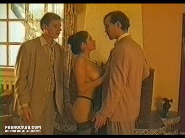 Трахает девушку любовь тихомирова фильмы степин прочности отрывки порно порнуха подсматривание трусь