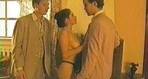 Любовь Тихомирова трахается с мужиками