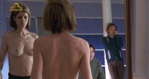 Аманда Пит с голыми сиськами