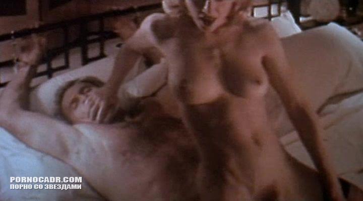 polnometrazhniy-eroticheskiy-film-s-madonnoy-onlayn-smotret-onlayn-golih-zhenshin-moyushihsya-v-obshestvennoy-bane