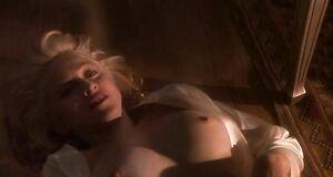 Жесткий трах с Мадонной