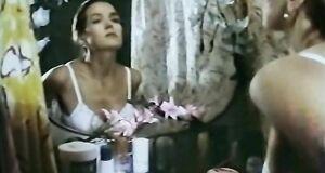 Ирина Алферова засветила голую сиську в душе