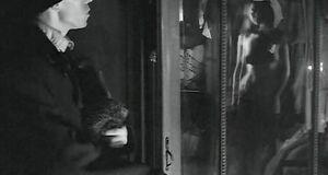 Голые сиськи и волосатая пизда Анжелики Неволиной
