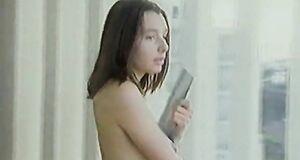 Голая Наталия Антонова на балконе