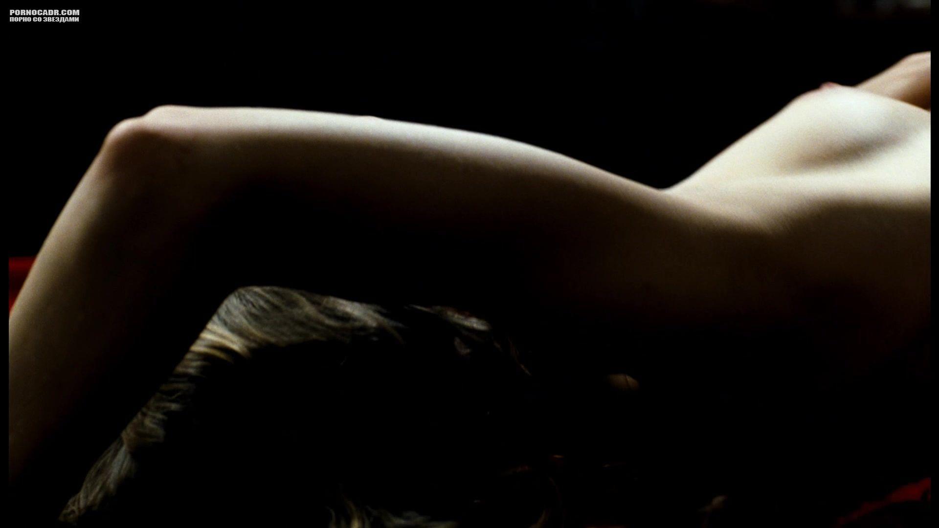 мне уши эротические кадры фильма юленька девушки большинстве