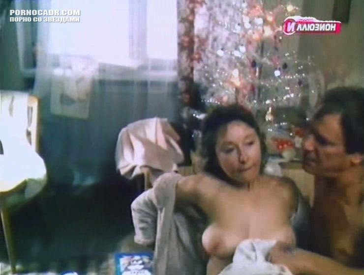 larisa-udovichenko-porno-video-trahayut-v-popu-smotret