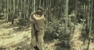 Голая Ирина Алферова в лесу