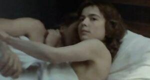 Екатерина Семенова засветила голую грудь