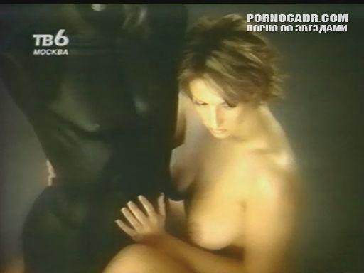 Порно с татьяной чепиковой бане