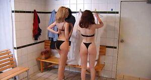 Александра Флоринская и Ольга Погодина с голыми сиськами
