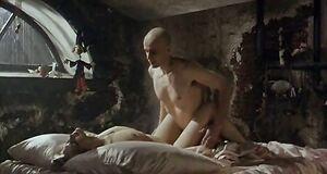 Абсолютно голая Александра Флоринская