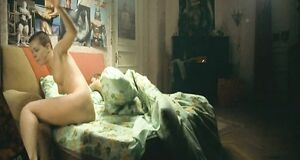 Анна Старшенбаум без одежды
