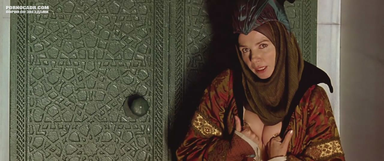 Сиськи Виктории Абриль – Византийская Принцесса (2006)