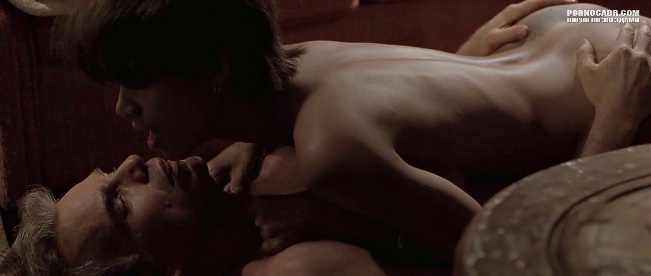бал монстров секс-сценка