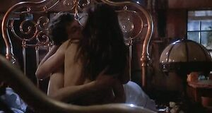 Любовная сцена с Деми Мур