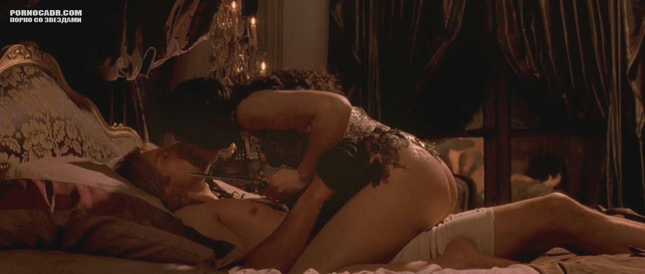 Секс сцены с моникой белуччи в фильме милона