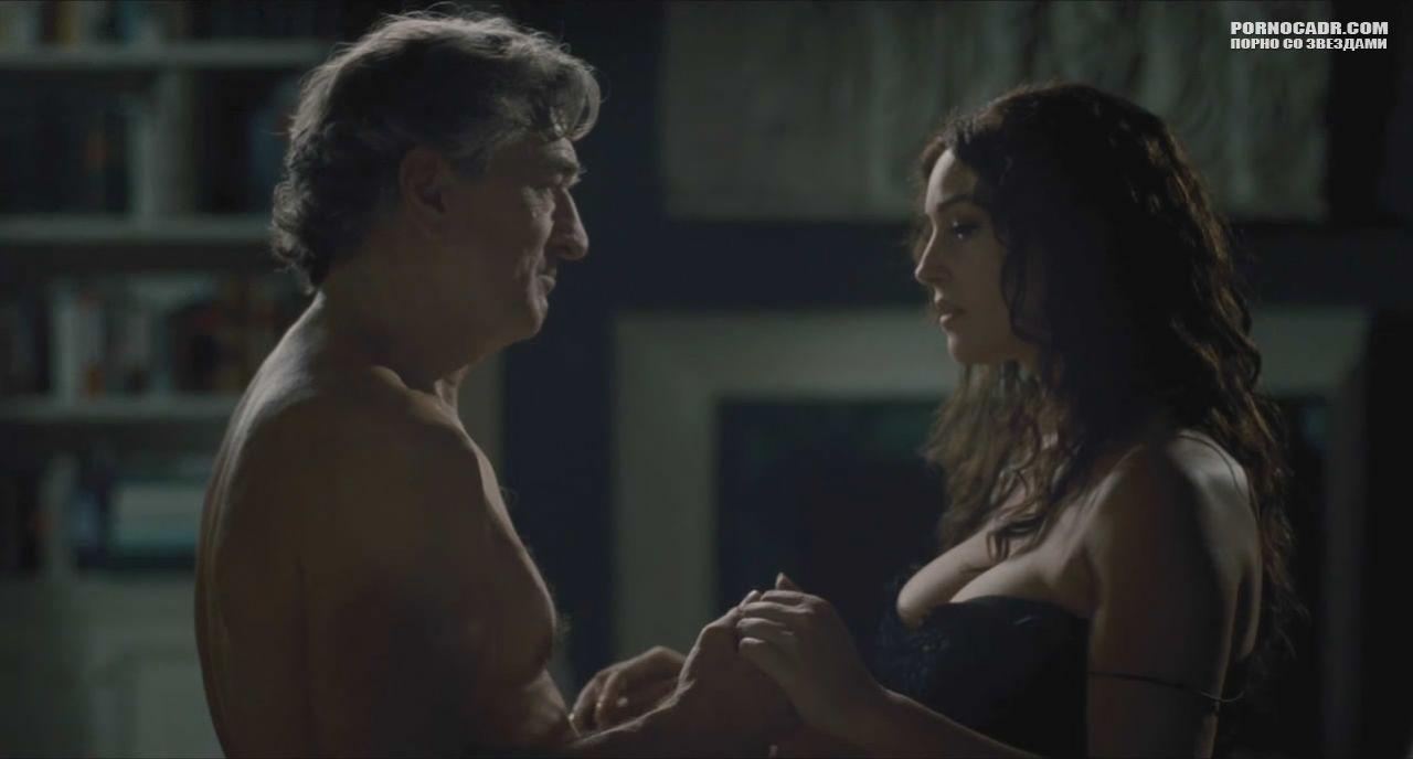 Итальянские эротические фильмы с моникой, голая мастурбировала в лесу