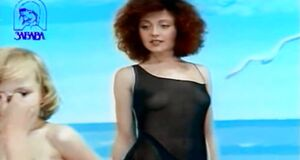 Анжелика Варум засветила грудь в клипе «Вавилон»