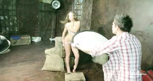 Аглая Шиловская разделась для журнала Maxim