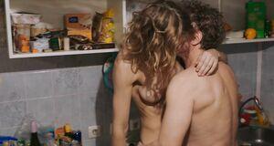 Порно сцена с Ириной Горбачевой на кухне