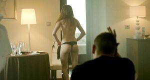 Лиана Клевцова без одежды