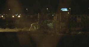 Анастасию Коваленко трахают на капоте машины