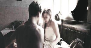 Виктория Романенко с голыми сиськами