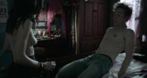 Быстрый трах с Эммой Гринвелл и окончием внутрь