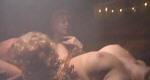 Порно сцена в бане с Любовью Тихомировой и Ириной Григорьевой