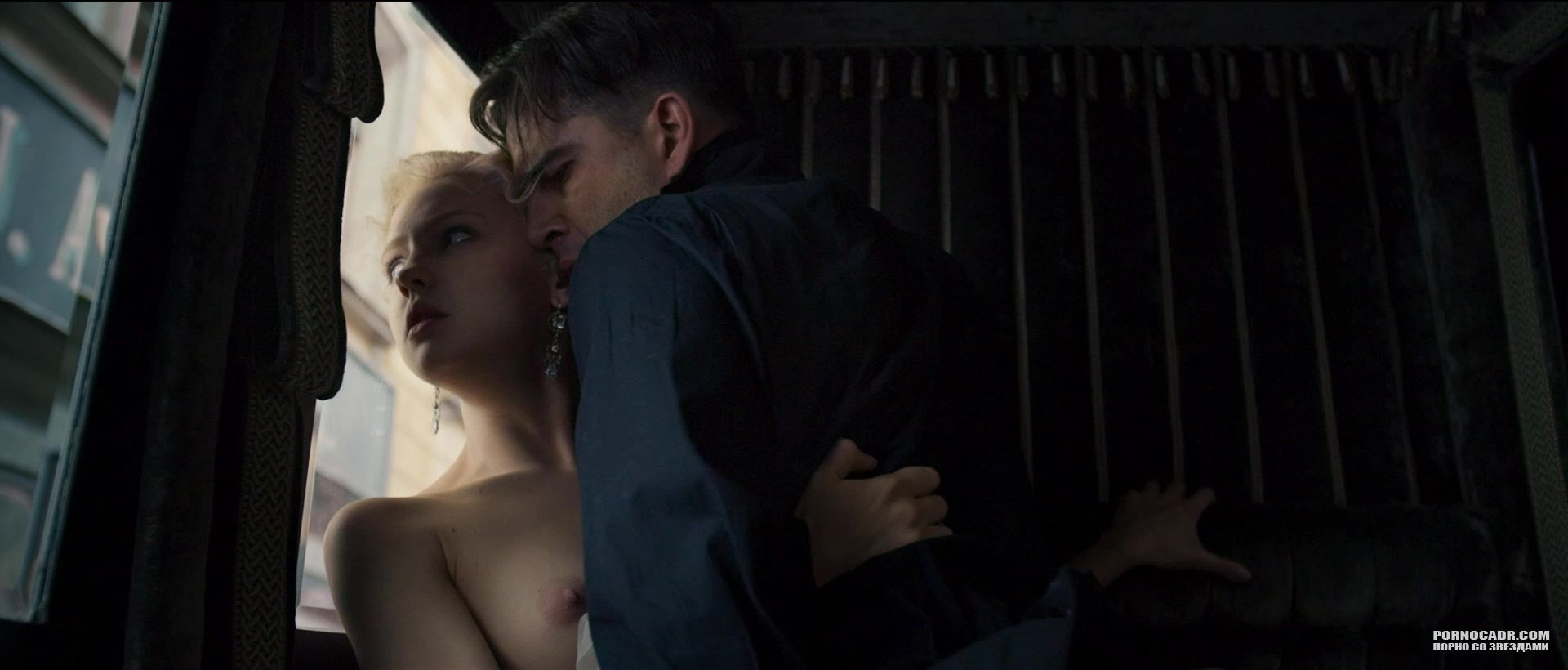 эротические фотографии с фильма юленька