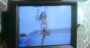 Ольга Дроздова топлес на видео
