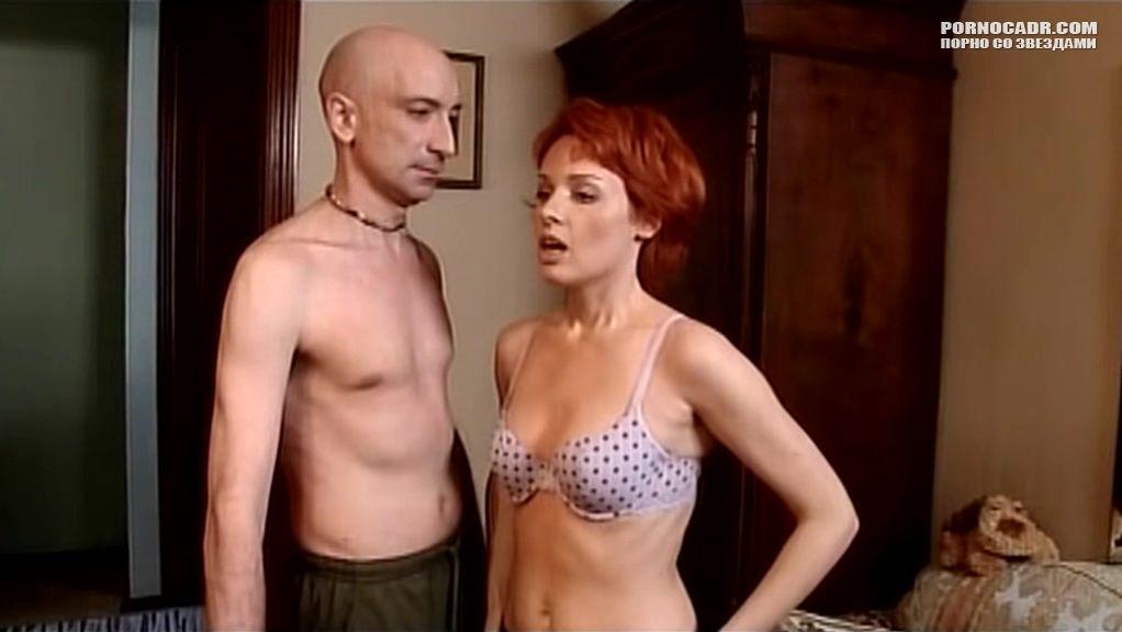 Мокрая Жанна Эппле – Ловкач И Хиппоза (1990)