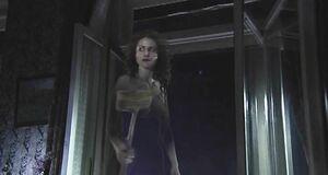 Раздетая Анна Ковальчук летает на метле