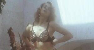 Ольга Дроздова, Алёна Лисовская и Наташа Харитонова с голыми сиськами
